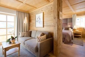 A seating area at Burg Vital Resort