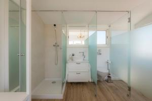 A bathroom at Casa Luisandra Boutique B&B