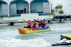 Other activities available at the resort or nearby