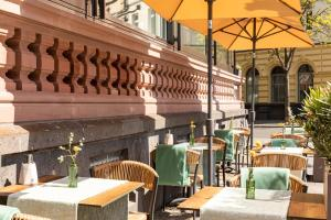A restaurant or other place to eat at AC Hotel by Marriott Mainz