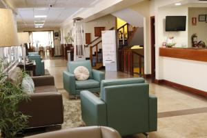 The lobby or reception area at Hotel Presidente Huancayo