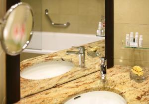 A bathroom at Grand Hotel Bohemia
