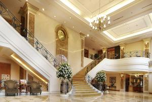 The lobby or reception area at Lakeshore Hotel Hsinchu