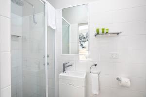 A bathroom at Nightcap at Colyton Hotel