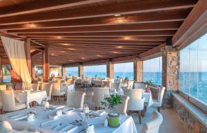 Ресторан / где поесть в Ikaros Beach, Luxury Resort & Spa