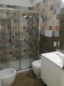 A bathroom at Maison Lumière