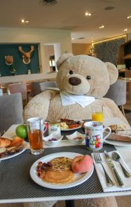 Breakfast options available to guests at Golden Tulip Aix les Bains - Hotel & Spa