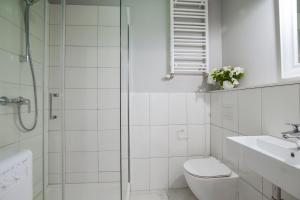 A bathroom at Sopotel