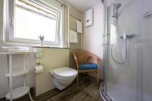 A bathroom at B&B Haus Hemetzberger