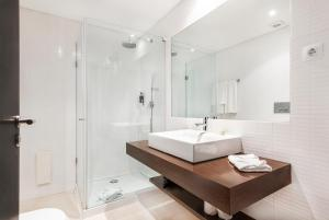 A bathroom at Laguna Resort - Vilamoura