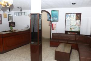 El vestíbulo o zona de recepción de Kathmandu Madhuban Guest House