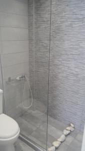Ένα μπάνιο στο Augusta Studios & Apartments