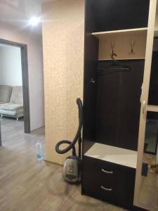 Телевизор и/или развлекательный центр в Apartment Stroiteley