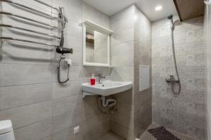 A bathroom at RentWill Borovskoe 137-1