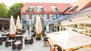 A restaurant or other place to eat at Grand Rose SPA Hotel