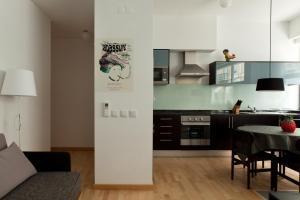 A cozinha ou kitchenette de The Lisbonaire Apartments