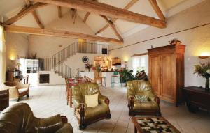 The lobby or reception area at Holiday home Dame Marie les Bois 41