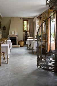 A restaurant or other place to eat at Apricus Locanda