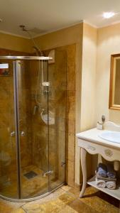 A bathroom at Grand Rose SPA Hotel