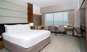 A bed or beds in a room at JW Marriott Hotel Lima
