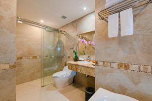 A bathroom at Red Sun Nha Trang Hotel