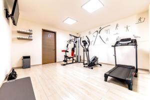 The fitness center and/or fitness facilities at Sleep Inn Villahermosa