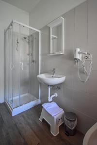 Ванная комната в Hotel La Pineta