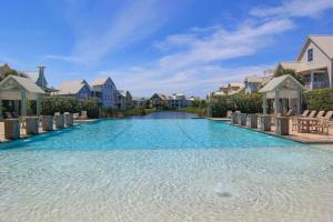 The swimming pool at or near Cinnamon Shore- Seaside Dream 157 SE