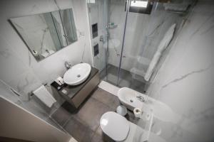 A bathroom at Rawsheh 51