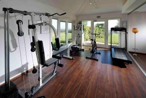 The fitness center and/or fitness facilities at Le Clos Saint-Vincent