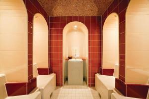 A bathroom at Hotel Birke, Ringhotel Kiel