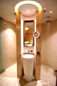 حمام في Aerotel Muscat - Airport Transit Hotel