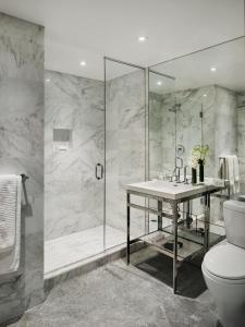 A bathroom at AKA Central Park