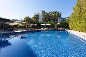 Piscina di Aimia Hotel o nelle vicinanze