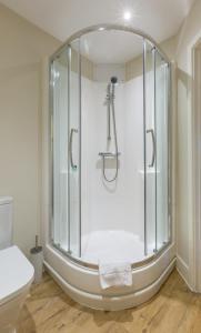 A bathroom at Central House
