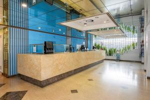 The lobby or reception area at Quality Hotel Ambassador Perth