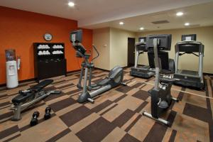 The fitness center and/or fitness facilities at Courtyard Rockaway-Mount Arlington