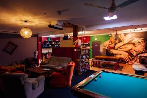 A pool table at Beachside Backpackers