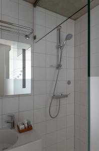 A bathroom at Hotel Banks