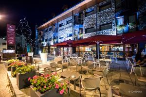 Un restaurante o sitio para comer en SOMMOS Hotel Aneto