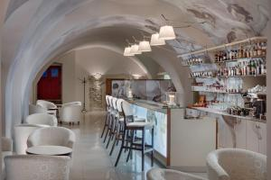 The lounge or bar area at Chateau Herálec Boutique Hotel & Spa by L'Occitane