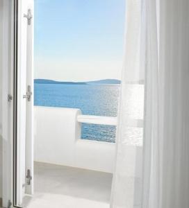Vue générale sur la mer ou vue sur la mer prise depuis l'appart'hôtel