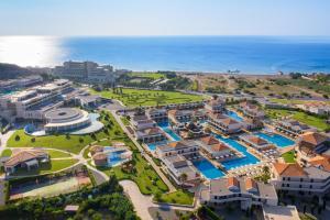 Widok z lotu ptaka na obiekt La Marquise Luxury Resort Complex