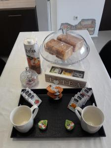 Breakfast options available to guests at Stone house