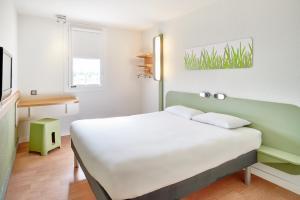 Un ou plusieurs lits dans un hébergement de l'établissement ibis budget Besançon Centre Gare