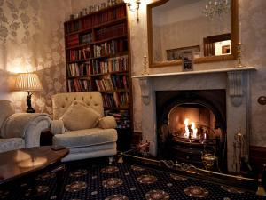 The library in the country house