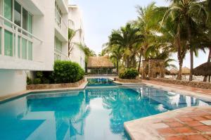 The swimming pool at or near Hotel Villa Varadero
