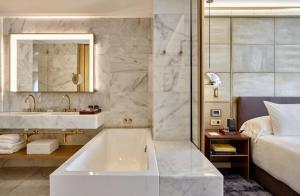 A bathroom at Almanac Barcelona