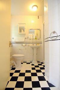 A bathroom at The Daylesford