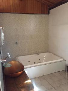 A bathroom at Estancia Peti